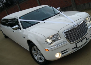 limo-hire-wigan one of our fantastic white limos available to hire