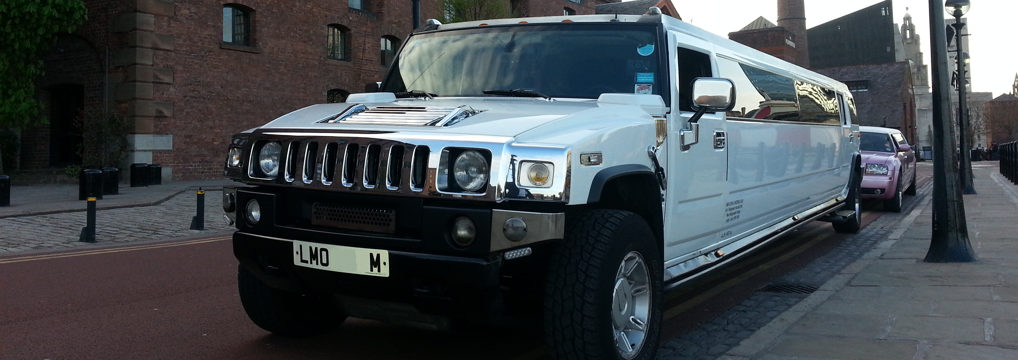 Limo Hire Liverpool | Pink Limos Liverpool | Limos Northwest
